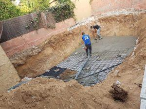 תהליך בניית בריכת פיברגלאס